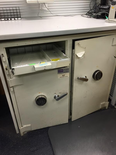Css Safe2 Reeves Store Fixtures